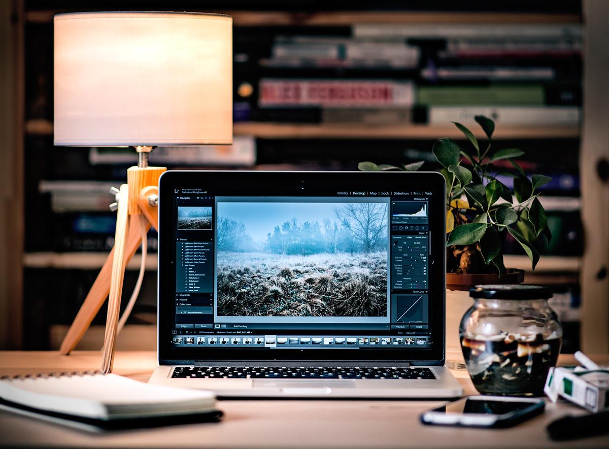 manage-clients-designers-be-transparent